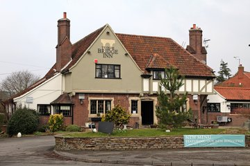 Ye Olde Bridge Inn